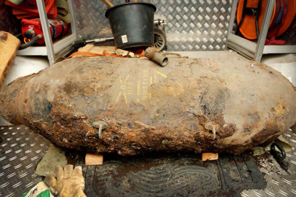 Eine britische 5-Zentner-Bombe. (Hier ein älterer Fund aus Köln)