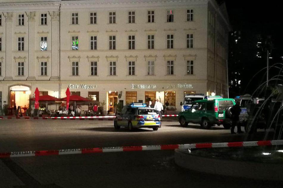 Der gesamte Richard-Wagner-Platz wurde gegen 21 Uhr abgesperrt.