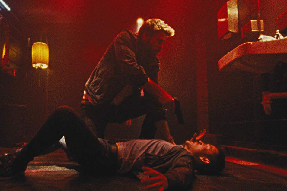 Moe Diamond (Liam Hemsworth) entscheidet sich notgedrungen für den brutalen Weg.