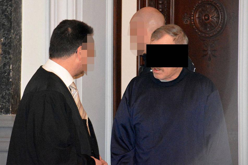Helmut S. (61) brach am Donnerstag erstmals sein Schweigen.