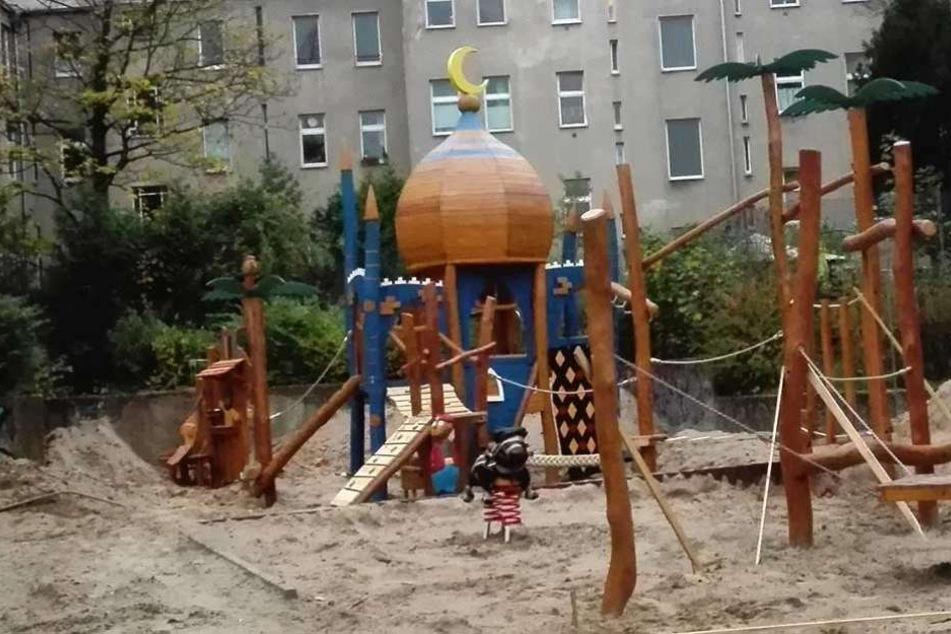 Ist das hier eine Moschee auf dem Spielplatz?