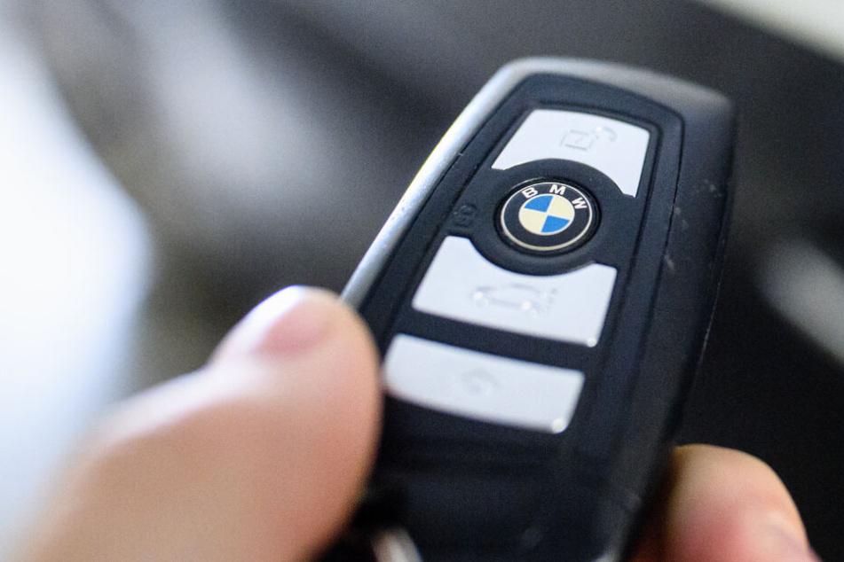 BMW ruft 86.500 Fahrzeuge zurück! Das sind die betroffenen Modelle