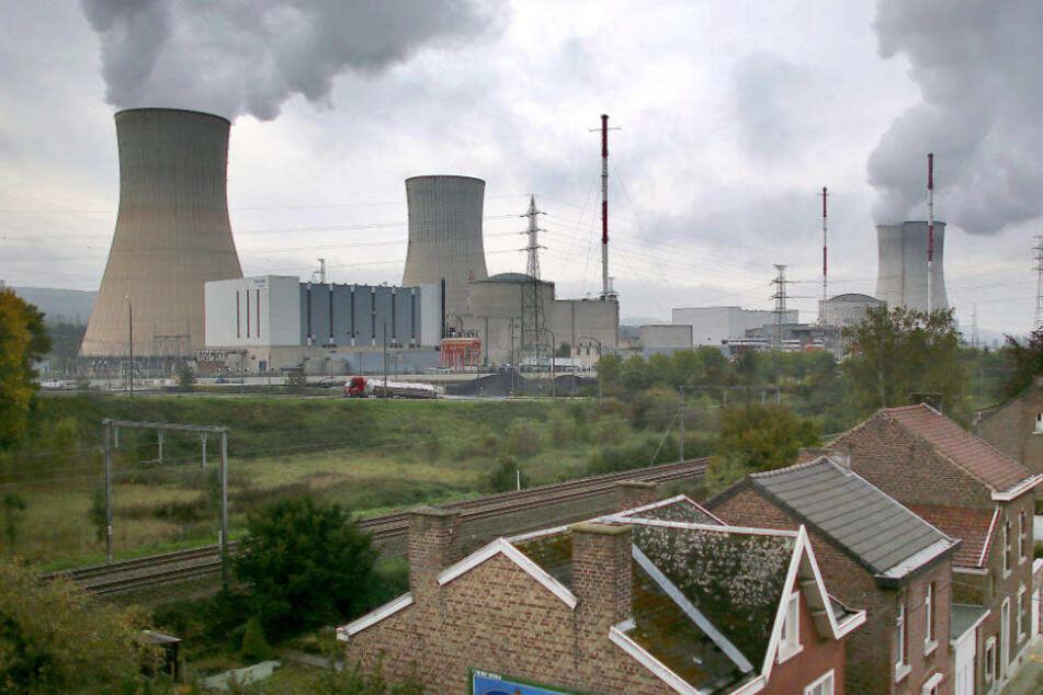 Das Atomkraftwerk Tihange bei Huy in Belgien.