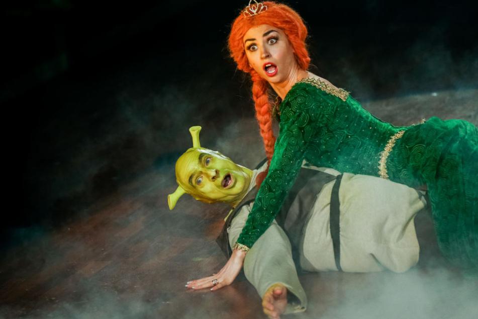 Als tollkühner Held Shrek und Prinzessin Fiona begeisterten Infolg Lück und Ekaterina Leonova mit ihrem Freestyle die Zuschauer.