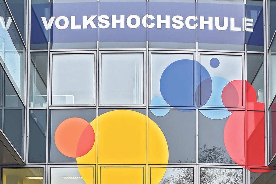 Der Kurs für angehende Ersthelfer an der VHS Dresden startet in zwei Wochen.