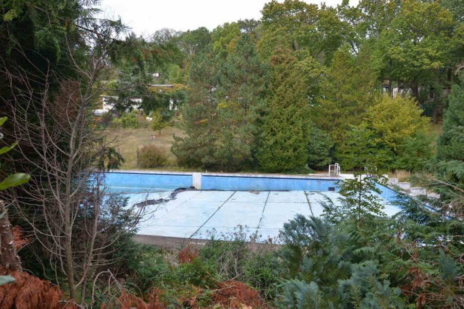 Der geplante Abriss des Erfenschlager Bades wurde vorerst ausgesetzt.