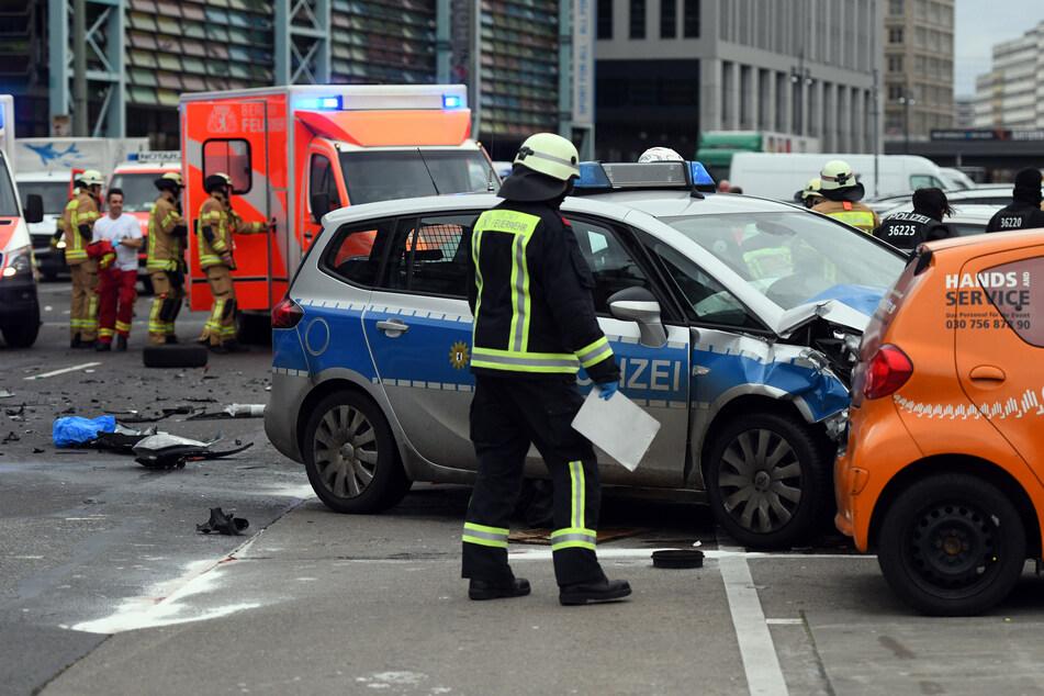 Der Prozess gegen einen Berliner Polizisten nach einem tödlichen Crash startet wegen der Coronakrise vorerst nicht.