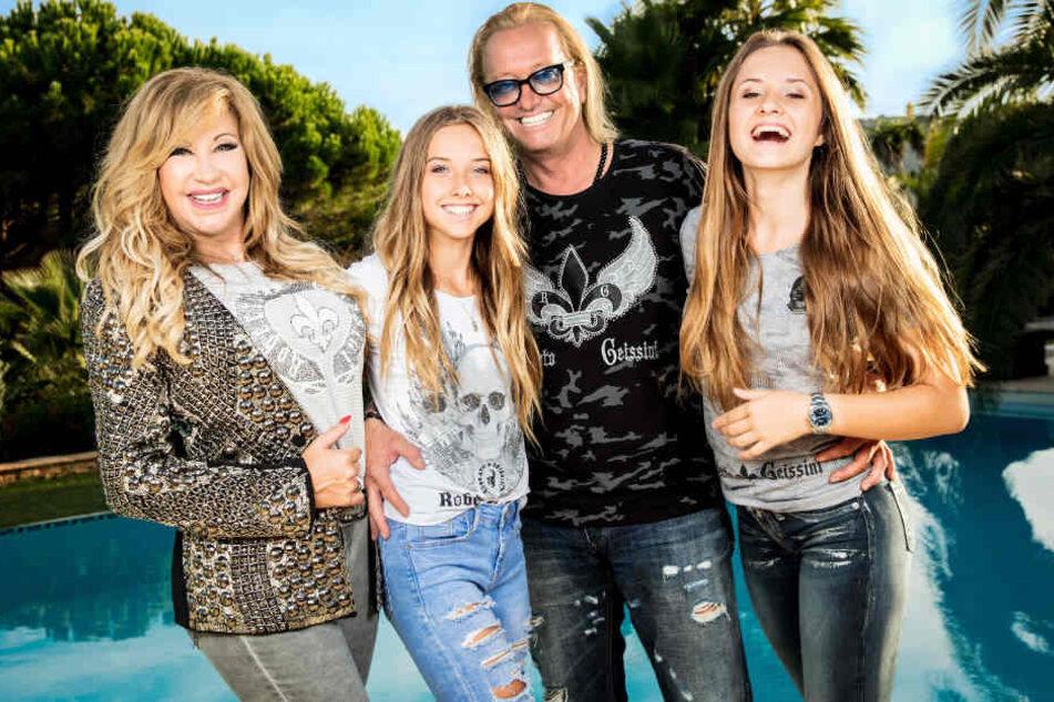 Bestens gelaunt: Familie Geiss freut sich auf neue Folgen ihrer erfolgreichen Doku-Soap.