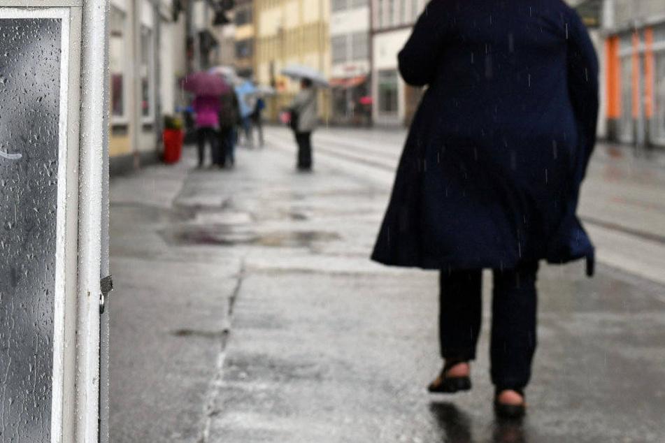 Vor allem mit den geflickten Asphaltfußwegen macht die Marktstraße bisher eher einen traurigen Eindruck.