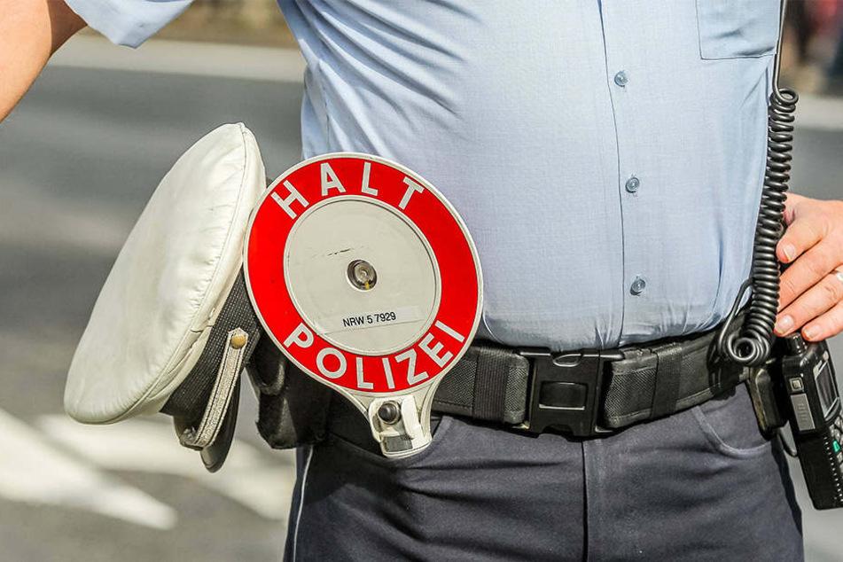 Ein 19-Jähriger hat für seinen künftigen Berufswunsch als Polizist geprobt.