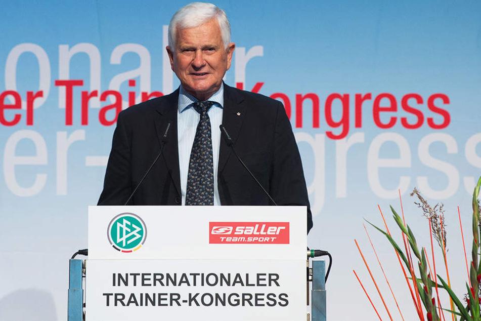 """Findet den Umgang der Medien mit Trainern zu so einem frühen Zeitpunkt der Saison """"unerträglich"""": Lutz Hangartner, Präsident des Bundes Deutscher Fußball-Lehrer."""