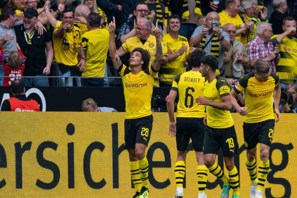 Einstand nach Maß: Axel Witsel (l.) führte den BVB nach der Pokal-Rettung in Fürth auch in der Bundesliga gegen RB Leipzig zum Sieg.