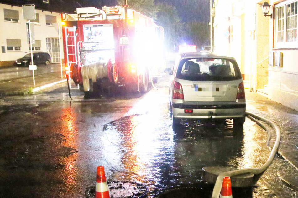 Die Feuerwehr im unterfränkischen Mömlingen hatte ab dem späten Montagnachmittag alle Hände voll zu tun.