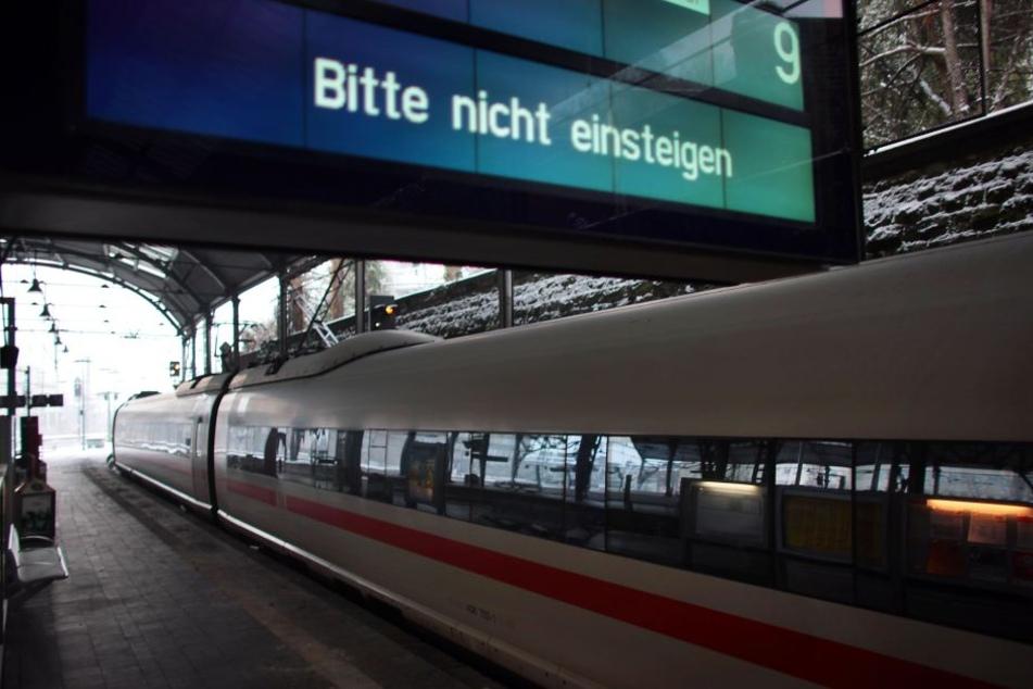 Ein ICE am Bahnhof in Aachen. (Archiv)