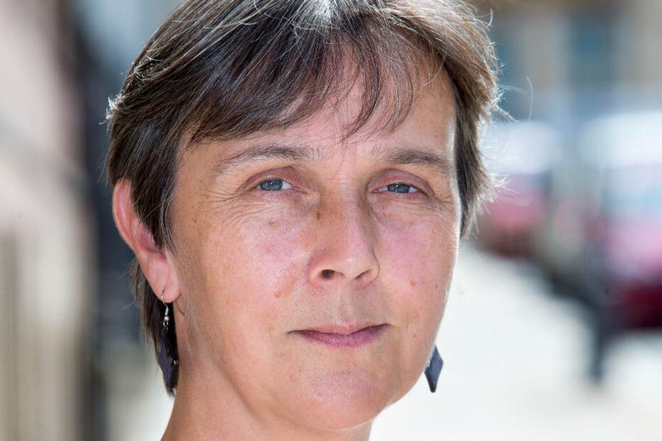 """""""Die Telefonseelsorge ist ein sehr erfüllendes Ehrenamt"""", sagt Iris Ciesilski (54), Leiterin der Telefonseelsorge der Stadtmission Chemnitz."""