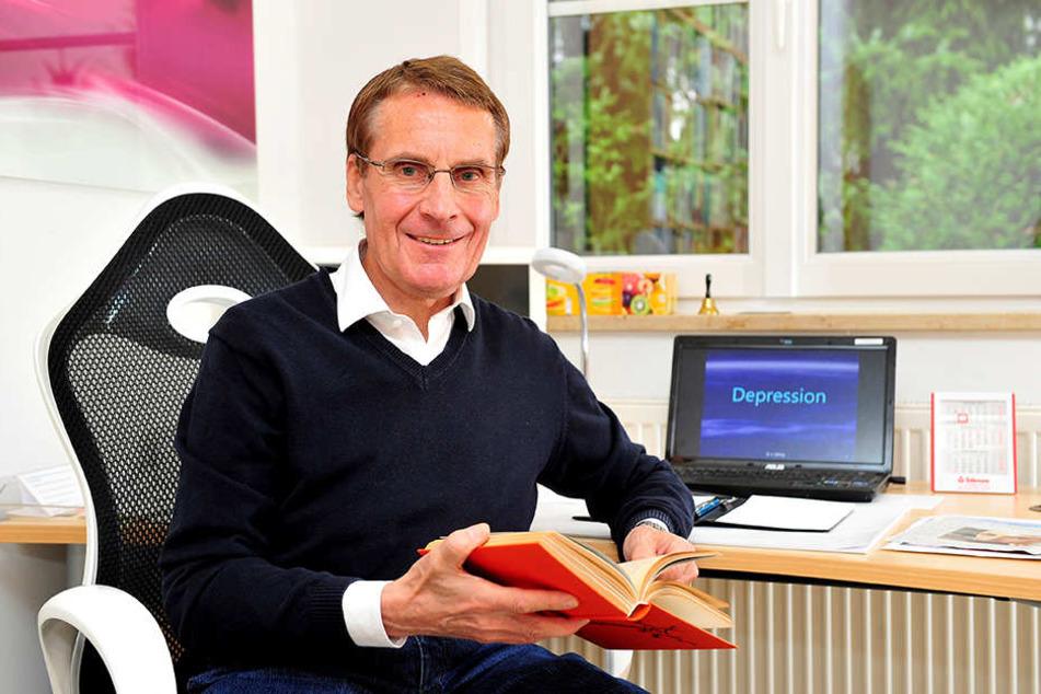Dr. Ullrich Döhling (66) weiß, wie man das Glück in die trüben Tage zurückholt.
