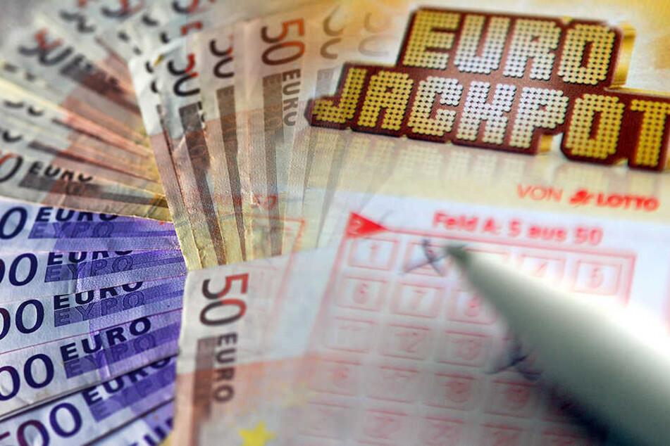 Ein Brandenburger gewann 4,7 Millionen in der europäischen Lotterie. (Symbolbild)