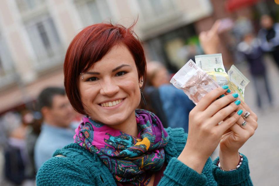 Ab Mittwoch wandert unser Geld ins eigene Portemonnaie oder den Sparstrumpf.