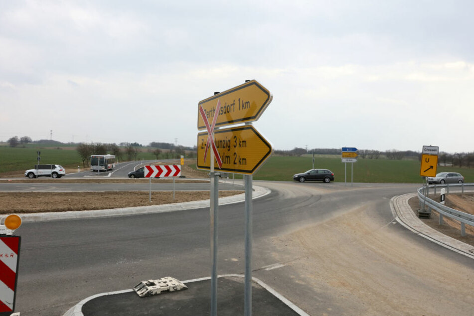 An der neuen Staatsstraße bei Crossen fehlt der Radweg.