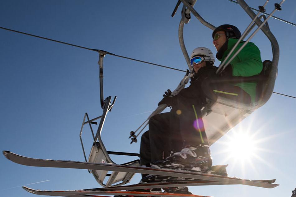 Noch stehen die Lifte still! Wann können wir auf dem Winterberg Ski-Fahren?