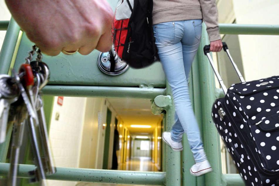 Deshalb bringen zehn Kilo Handgepäck eine junge Frau in  den Knast