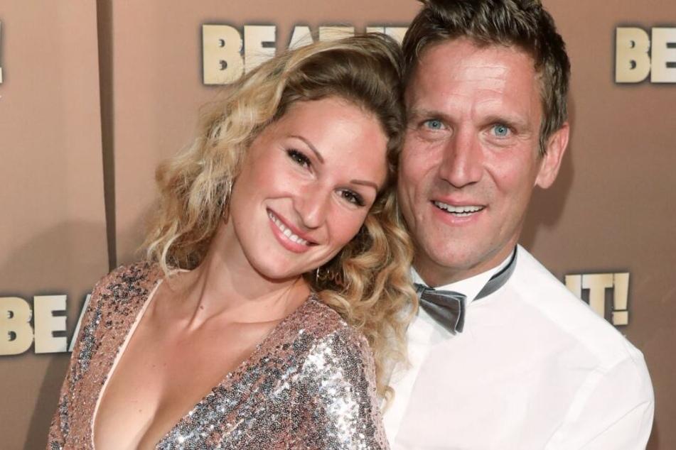 Peer Kusmagk (44) und Janni Hönscheid (29) sind seit 2017 verheiratet.