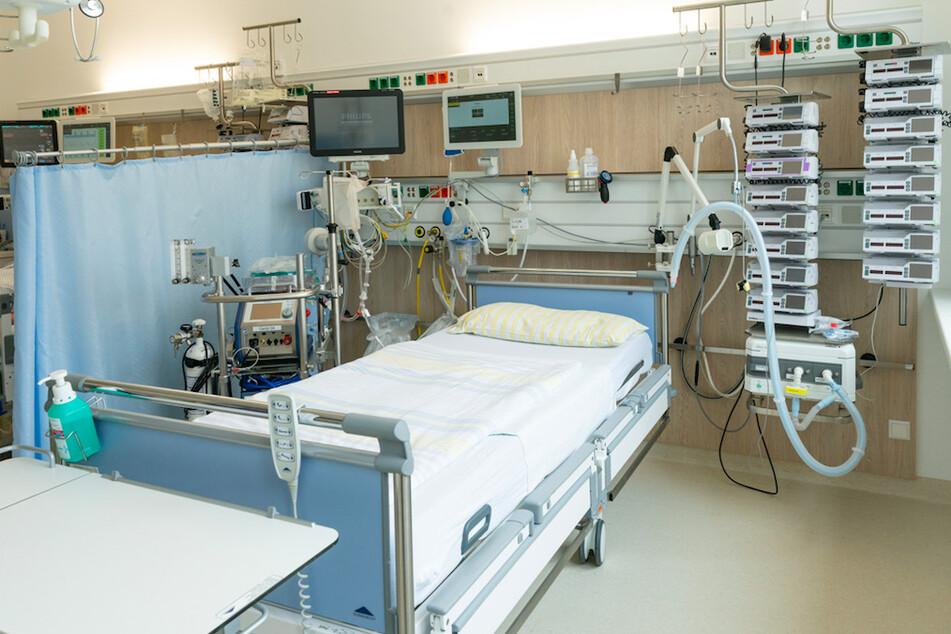 Schwere Corona-Fälle sind auf Beatmungsmaschinen und Infusionstechnik angewiesen.