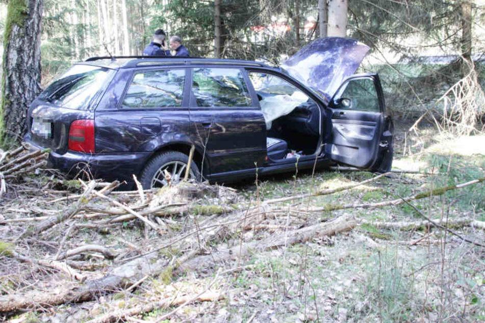 Im Landkreis Amberg-Sulzbach in Bayern ist es zu einem schweren Unfall gekommen.