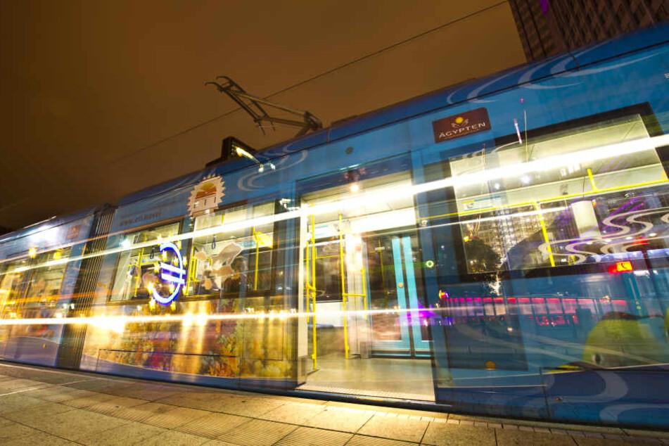 90 Minuten lang geht die Nachtfahrt in der Tram.