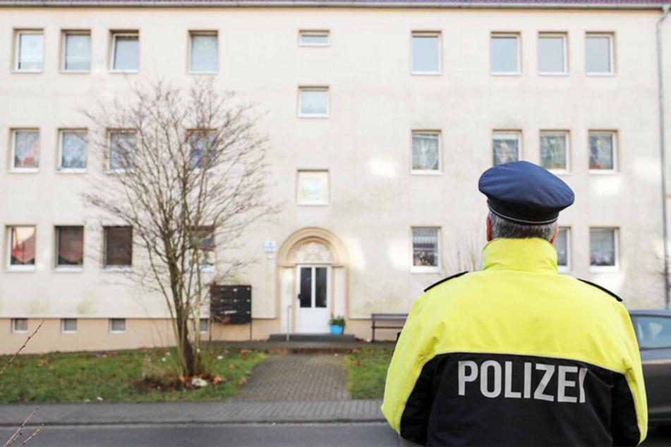In diesem Wohnhaus in Benndorf (Landkreis Mansfeld-Südharz) fand man die Babyleichen.