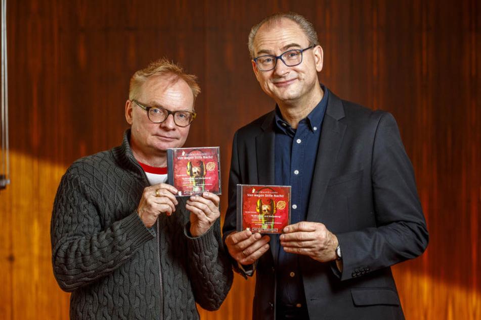 Uwe Steimle (55, l.) und Prof. Jörg Wachsmuth (52) freuen sich über die erste gemeinsame CD-Produktion.