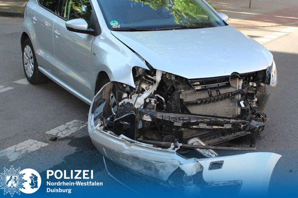 Es entstand ein ziemlich hoher Sachschaden, aber zum Glück gab es keine Verletzten bei dem Unfall.