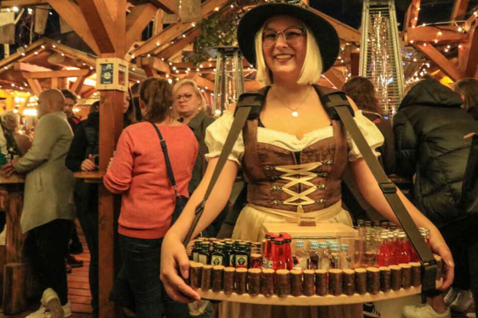 Heilige Maroni: Deutschlands frühester Weihnachtsmarkt öffnet seine Buden!