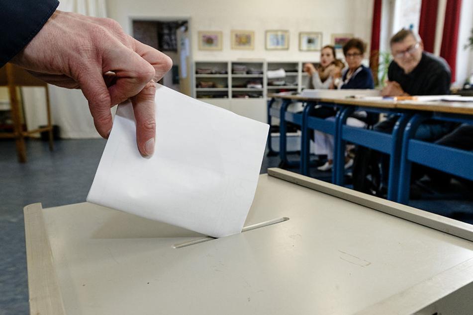 Rayk Bergner darf nach der Wahl am Sonntag ins Rathaus einziehen. (Symbolbild)