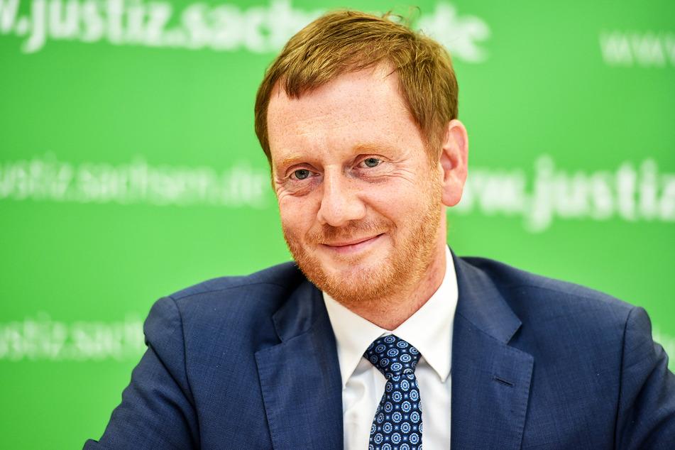 Der Freistaat bekommt einen: Ministerpräsident Michael Kretschmer (45, CDU) nimmt den ID.3 am Montag in Empfang.