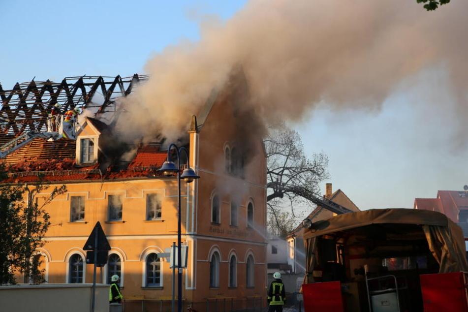 Der in den Flammen gefundene Tote ist der Inhaber des Gasthauses.