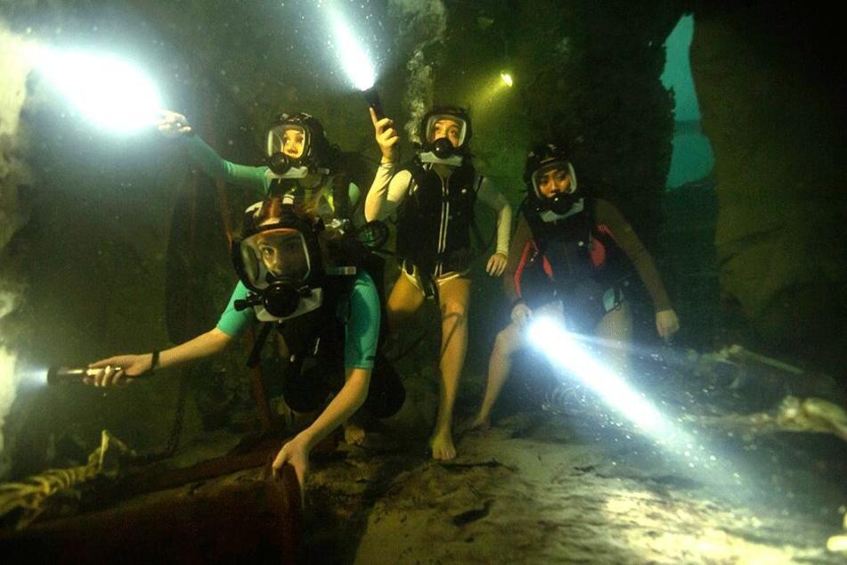 """In """"47 Meters Down: Uncaged"""" bekommen es vier Taucherinnen in einer Ruinenlandschaft mit aggressiven Meeresbewohnern zu tun."""