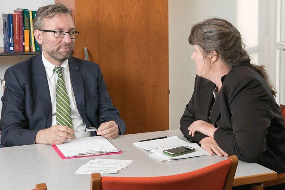 Dr. Roland Löffler im Interview  mit TAG24-Redakteurin Pia Lucchesi.