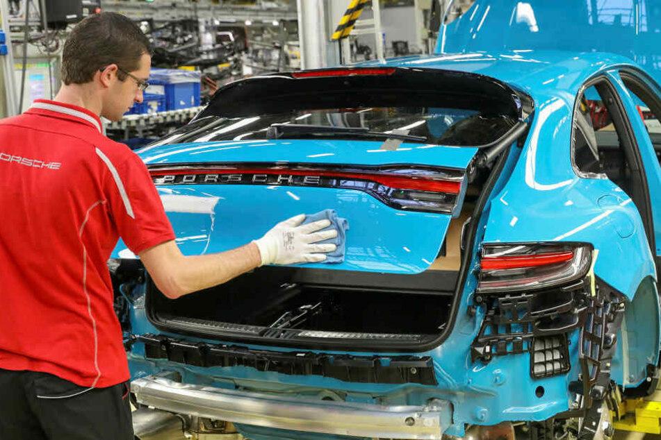 Porsche hat die Nachtschicht in der Montageabteilung gestrichen.