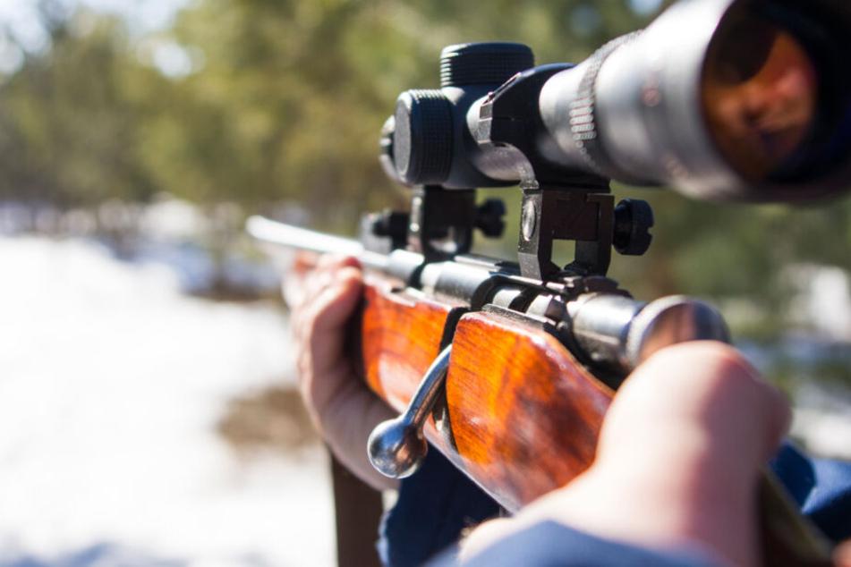 Tödlicher Schuss durch Autofenster: Jäger vor Gericht