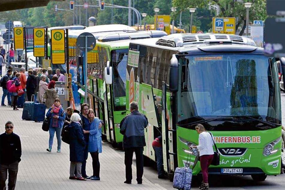 Noch halten Fernbusse an der Bayrischen Straße am Hauptbahnhof. Doch die Situation ist unübersichtlich und birgt Gefahren.