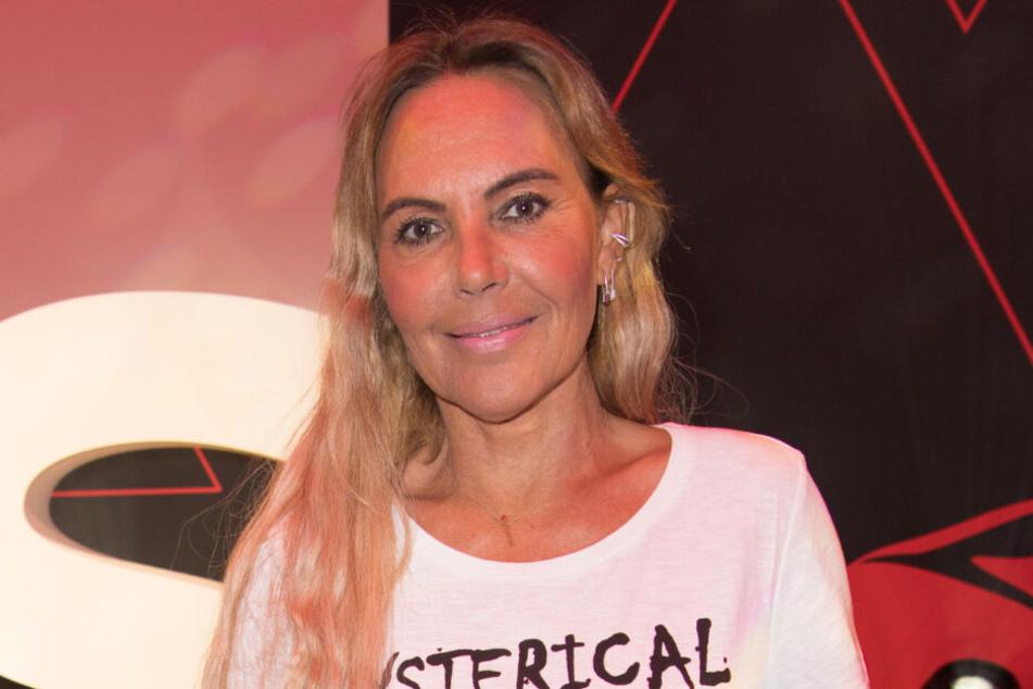 Natascha Ochsenknecht (55) hat eine OP an der Wirbelsäule hinter sich.