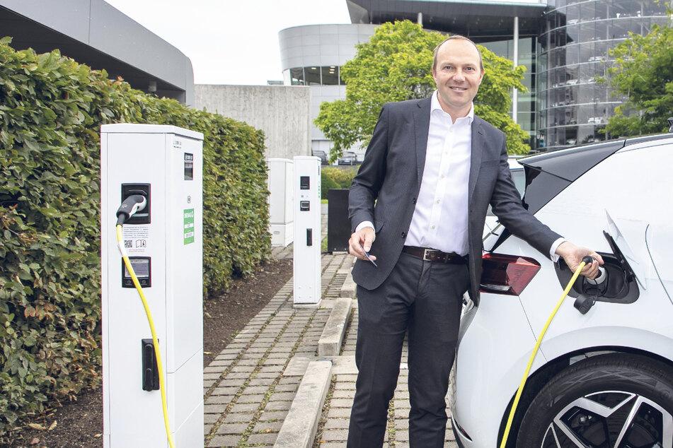 Dresden: Weil Umstieg auf E-Mobile zu langsam geht: Staatsregierung Sachsens gibt bei Stromern Gas