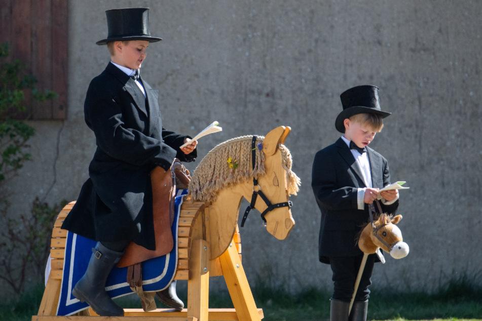 Geritten wurde in der Lausitz in diesem Jahr nur auf Holzpferden.