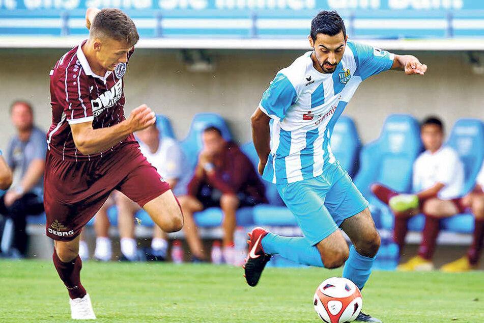 CFC-Offensivmann Rafael Garcia (r.) will gegen Chris Reher und dessen BFC Dynamo heute Abend auch für mehr Entlastung nach vorn sorgen.