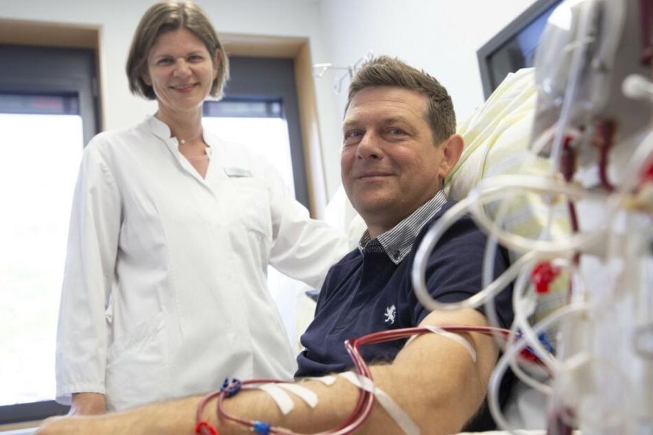 Stefan Breidung wartet seit drei Jahren auf eine neue Niere. In Behandlung ist er bei Dr. Anette Bachmann vom UKL-Transplantationszentrum.