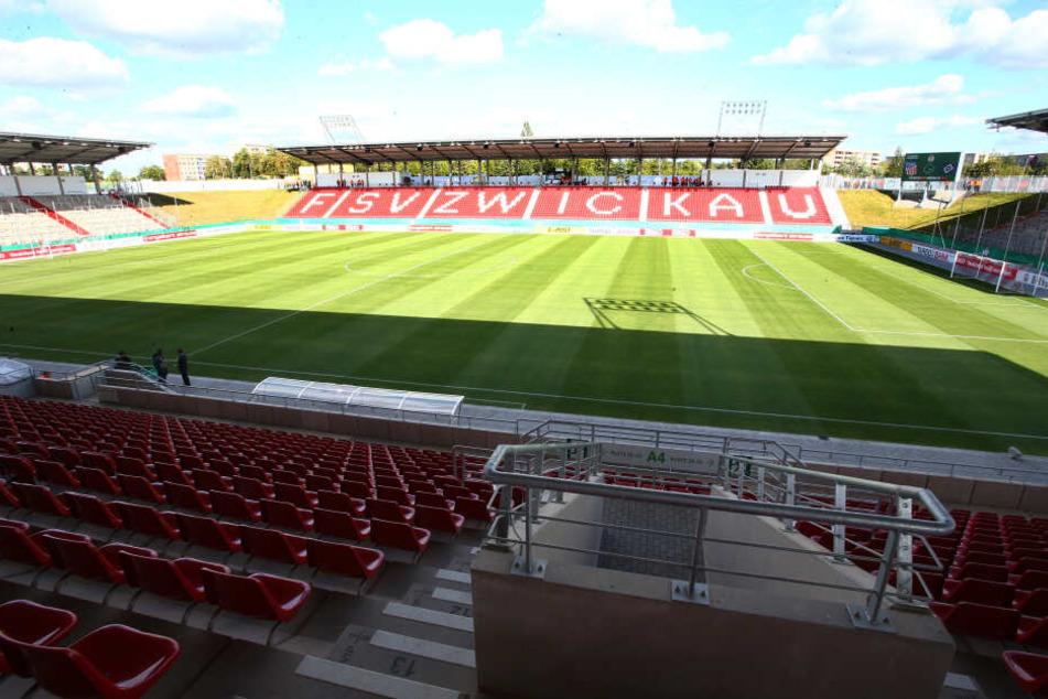 Noch befindet sich das Stadion im Besitz der städtischen Gebäude- und Grundstücksgesellschaft Zwickau (GGZ). Doch Investoren haben Interesse bekundet, es zu kaufen.