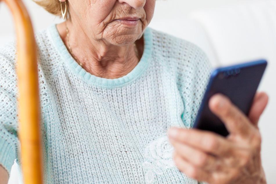 Vorsicht, Falle!Rentnerin (93) um sechsstellige Summe beraubt