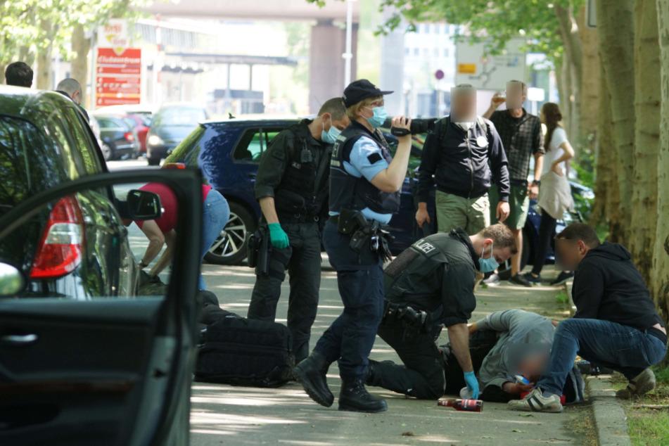 Nach Angriff auf Weg zu Stuttgarter Demo: Opfer in Lebensgefahr