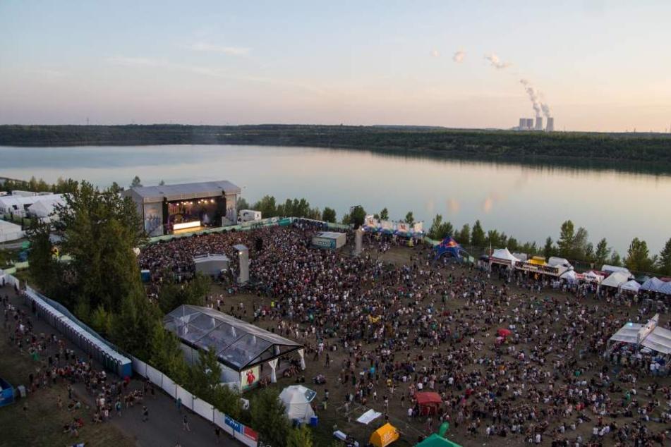 Auch 2016 wieder vor traumhafter Kulisse: Das Highfield Festival am Störmthaler See im Süden Leipzigs.
